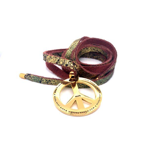 Fio de pele com medalha 'Peace'